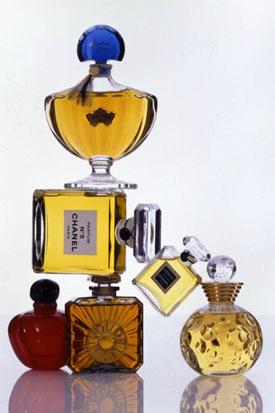Flacons_parfum_Dior_Guerlain_Chanel