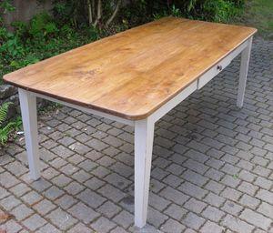 Grande_table_salle-a-manger_profil