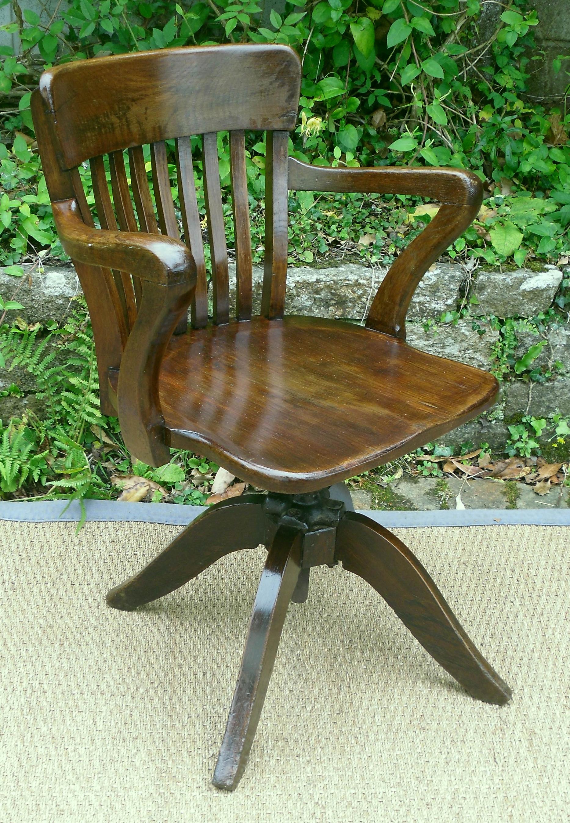 fauteuil bureau ancien. Black Bedroom Furniture Sets. Home Design Ideas