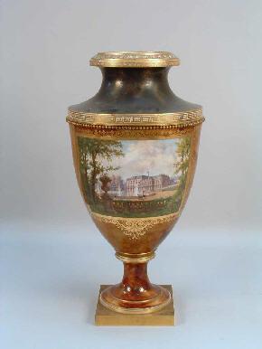 Vase_sevres-porcelaine