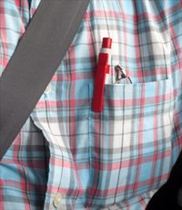 Volant-danger_crayon_poche