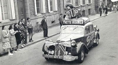 Yvette_horner_tour_de-france_accordeon