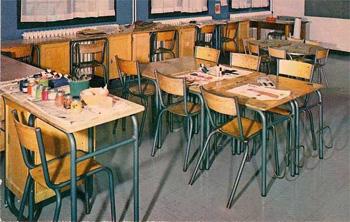 Interieur_classe_tables-ecolier_annees_60