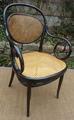 Comment reparer le cannage d 39 une chaise for Rempaillage d une chaise