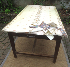 Toile_ciree_table
