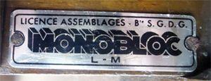 Chaises_luterma_monobloc_licence