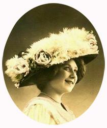 Femme_chapeau