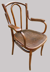 Thonet_armchair_antiques