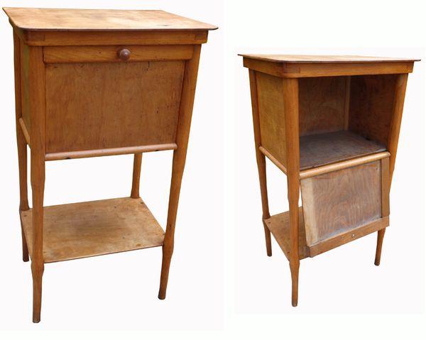 le blogue antiquit s table de nuit fischel. Black Bedroom Furniture Sets. Home Design Ideas